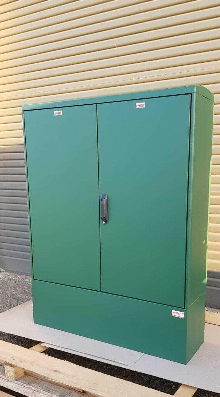 GRP Electric Enclosure, Kiosk, Cabinet, Meter Box, Housing Green 1130x1490x320 mm Right Side View